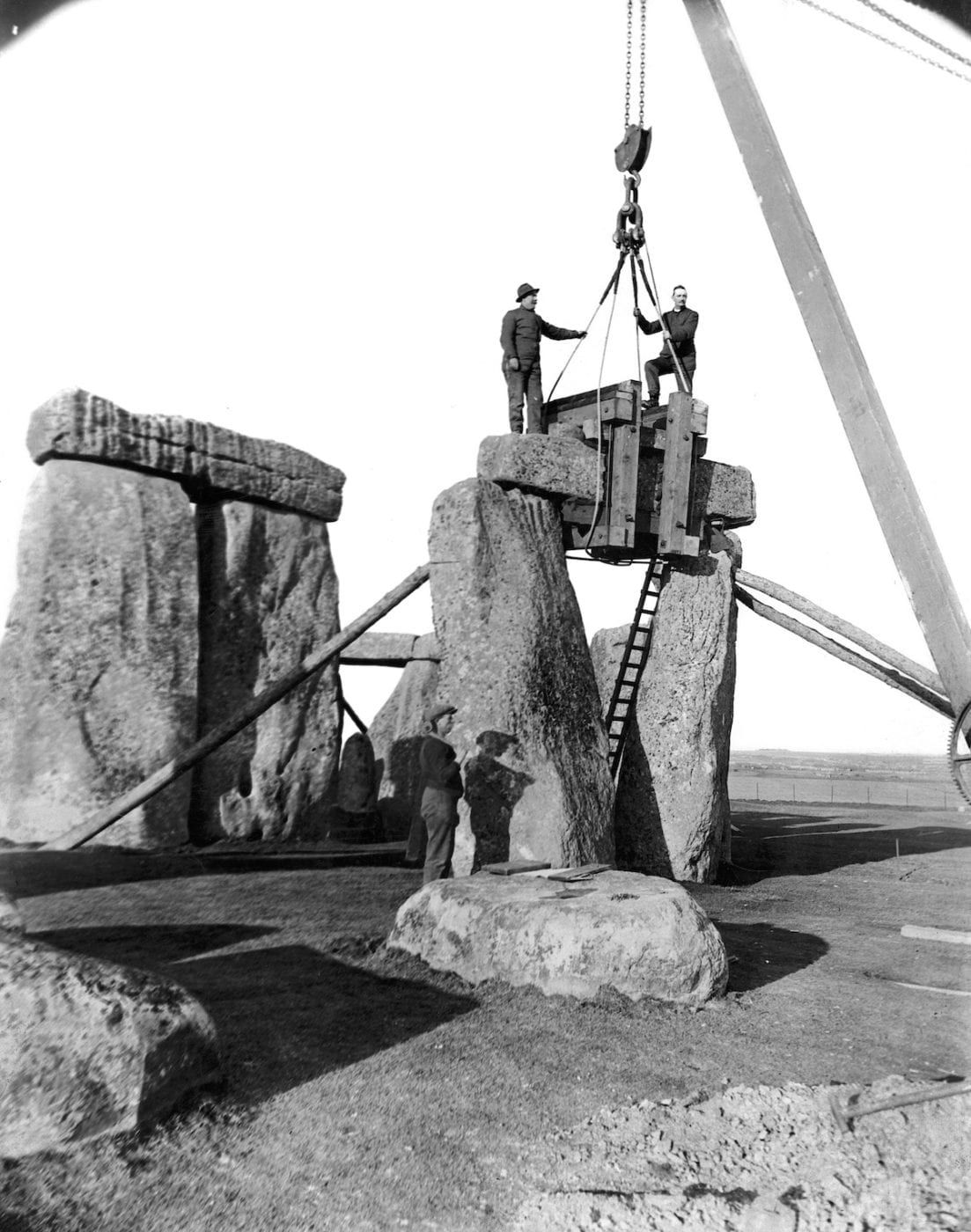 1920 - Excavation and renovation of the Stone Henge monument